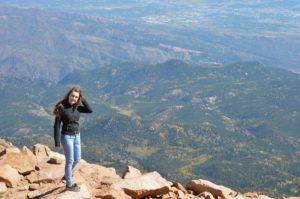 andreea_calugar_pikes_peak_colorado-min